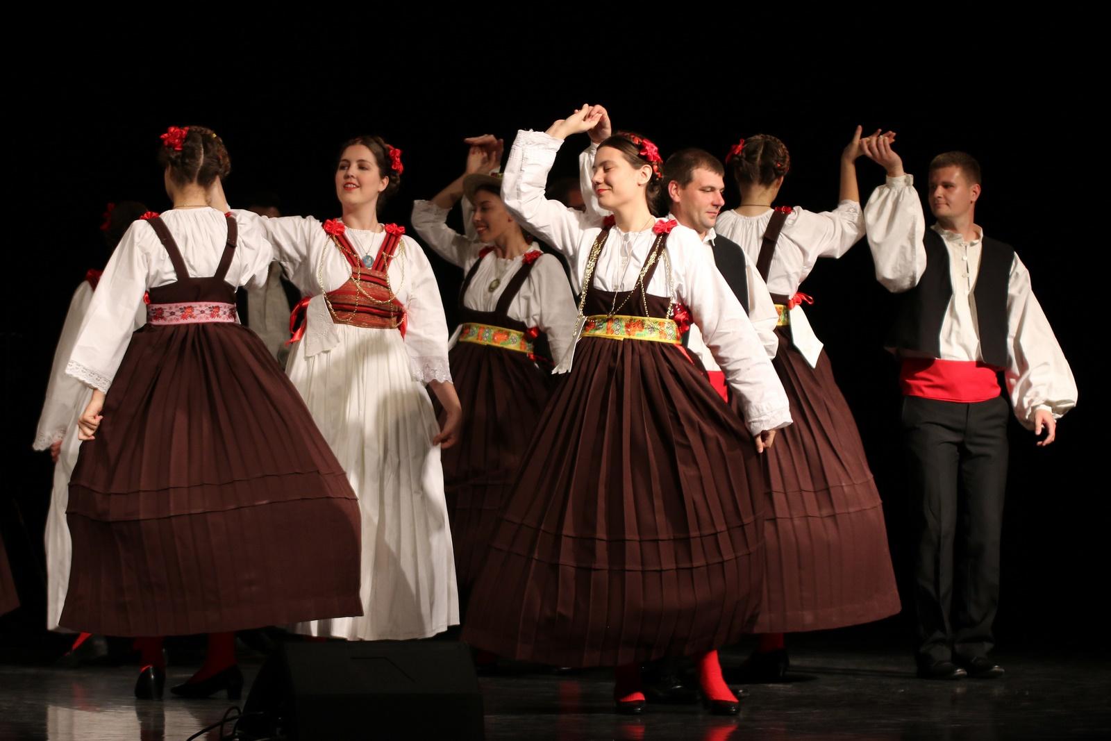 """KUD """"Šubić"""" i Društvo """"Etno Siscia"""" predstavljat će županiju na Državnoj smotri koreografiranog folklora"""