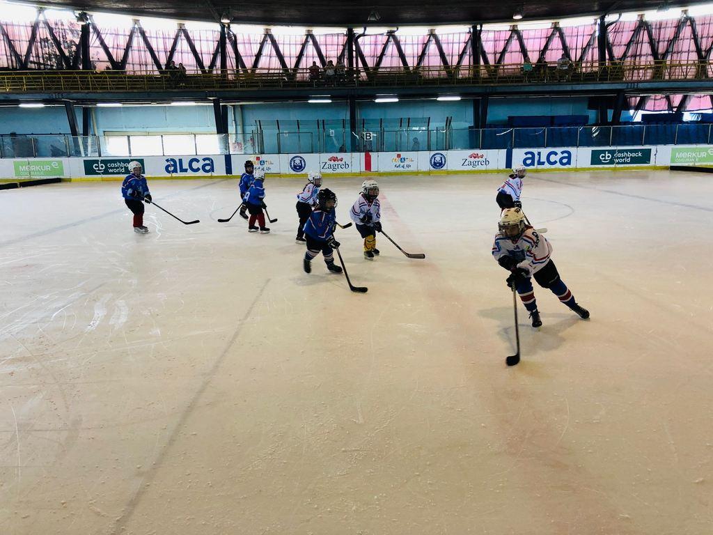 Hokej klub Siscia organizirao najveće natjecanje u ženskom hokeju u Hrvatskoj