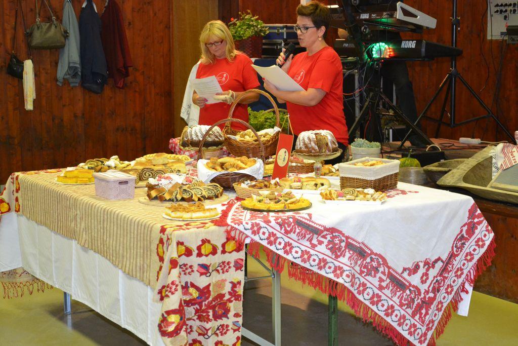 Festival bakinih kolača, jedinstvena gastro-zabavna manifestacija u Pešćenici