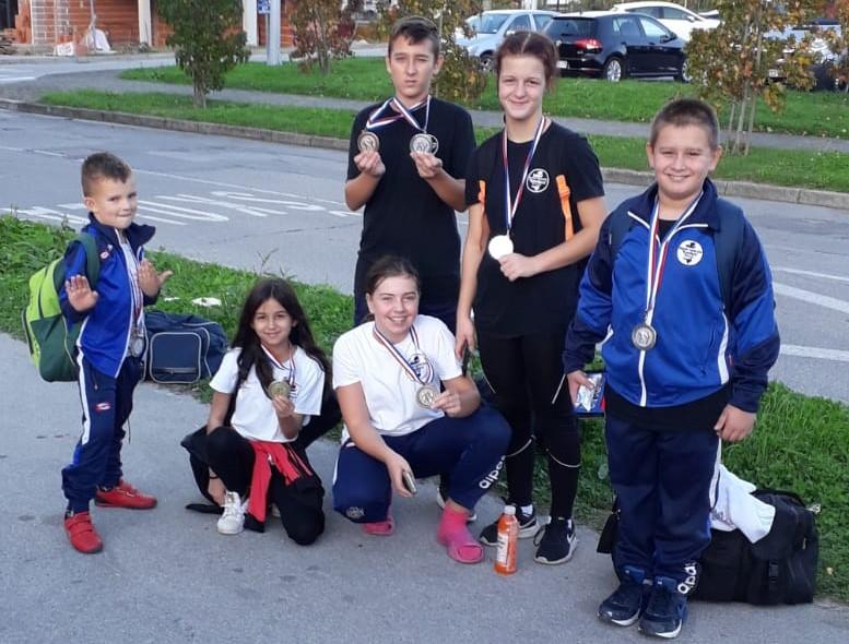 Sedam medalja za karatiste Kondure