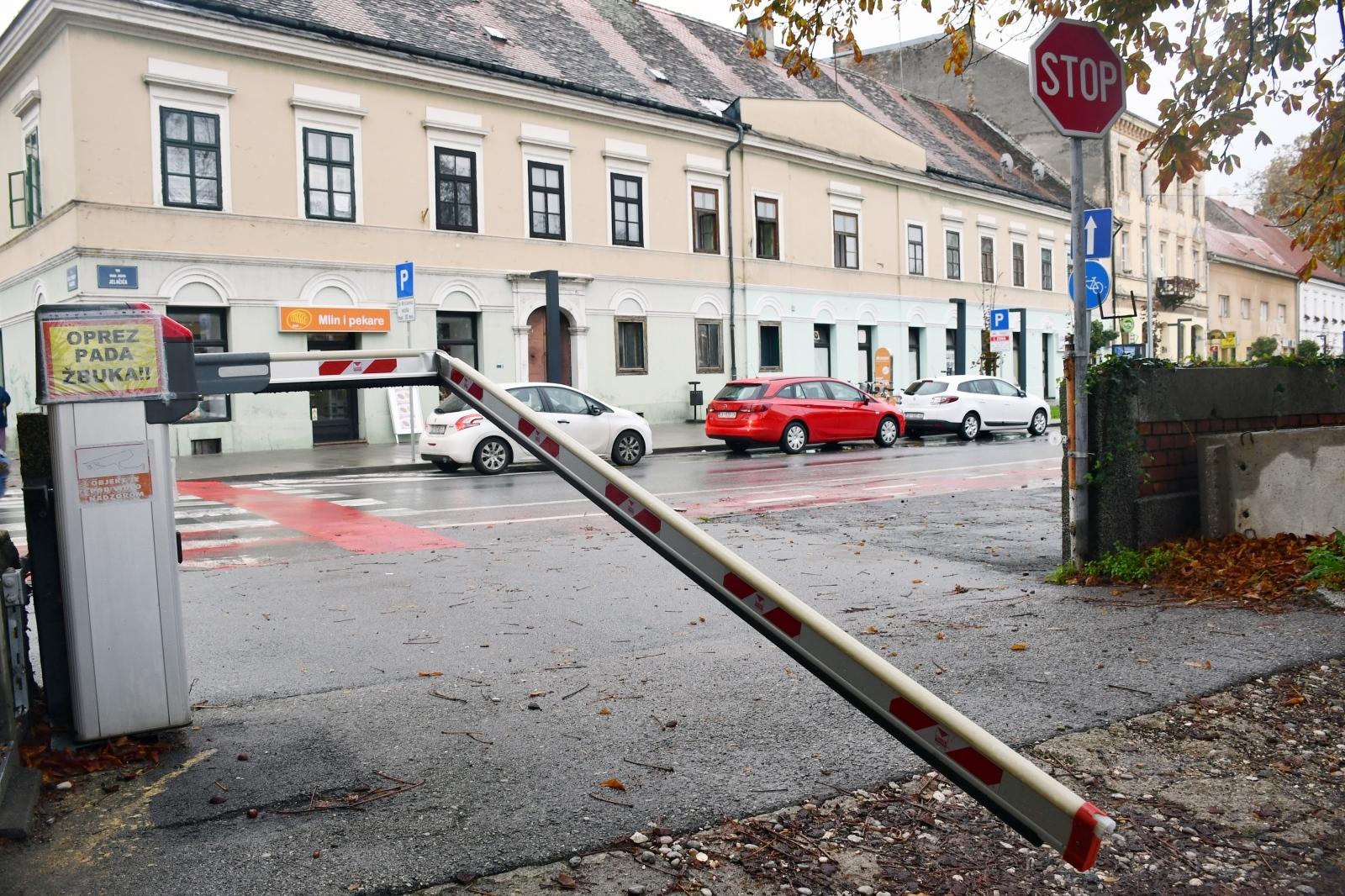 U novom naletu vandalizma stradala rampa na parkiralištu u Rimskoj ulici