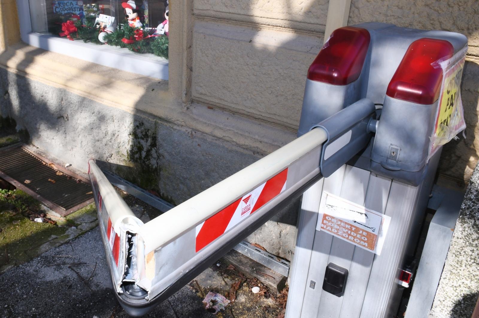 Nakon samo dva tjedna sisački vandali ponovno uništili rampu u Rimskoj ulici