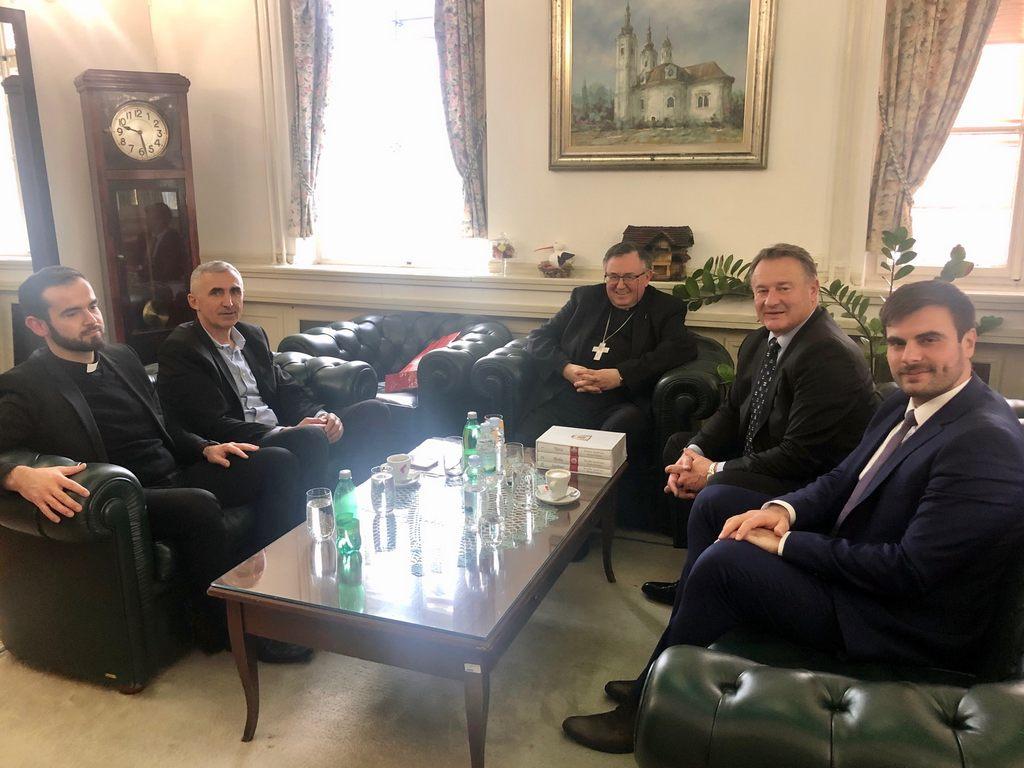 Kardinal Vinko Puljić u posjetu Sisačko-moslavačkoj županiji